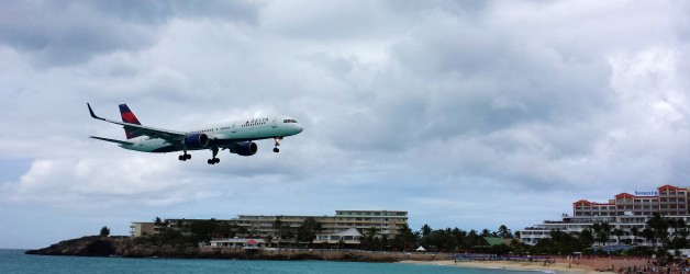 Low-flying Planes in St Maarten