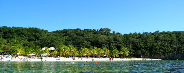The Most Perfect Beach in Honduras
