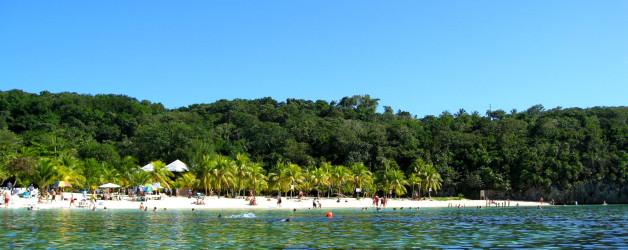 The Most Perfect Beach in Honduras